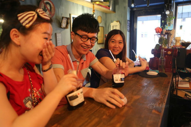 Un nouveau café sur le thême des vampires vient d'ouvrir à Liaoning