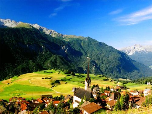 Pourquoi la Suisse plaît-elle aux touristes chinois ?