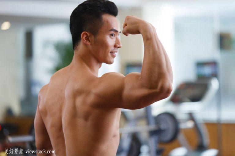 Ces hommes chinois veulent devenir des bodybuilders