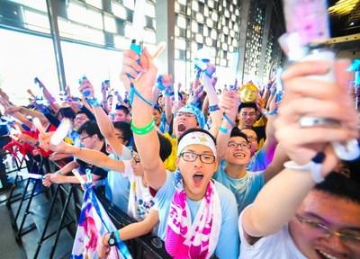 Young people cheer for their ACG idols at Bilibili World. Photo by: bilibili (PRNewsfoto/bilibili)
