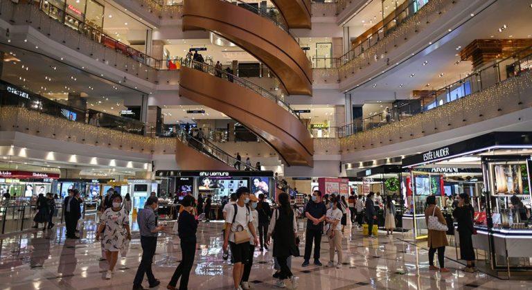 La consommation «folle» de produits de luxe en Chine